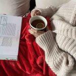 herbata książka i koc